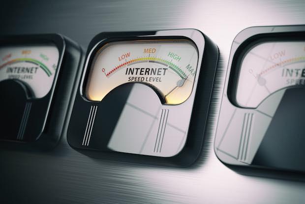 Medidores de velocidad: Ancho de Banda Vs. latencia ¿Qué debo preferir?