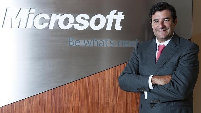 http://gadgerss.com/wp-content/uploads/2017/08/C%C3%A9sar-Cernuda-Presidente-de-Microsoft-Latinoam%C3%A9rica.jpg