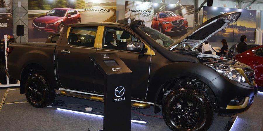 El Mazda BT-50 BLACK EDITION, una versión especial fue presentada en el MotorShow 2017